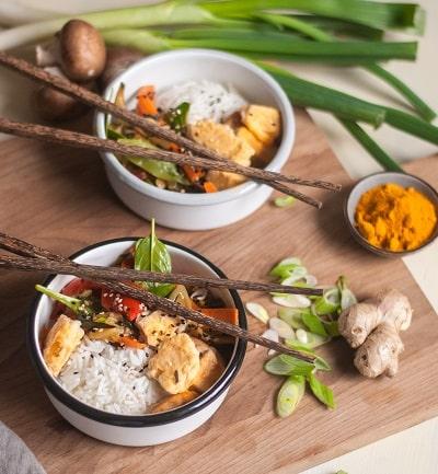 Knuspriger Tofu mit bio Kurkumapulver von bioKontor