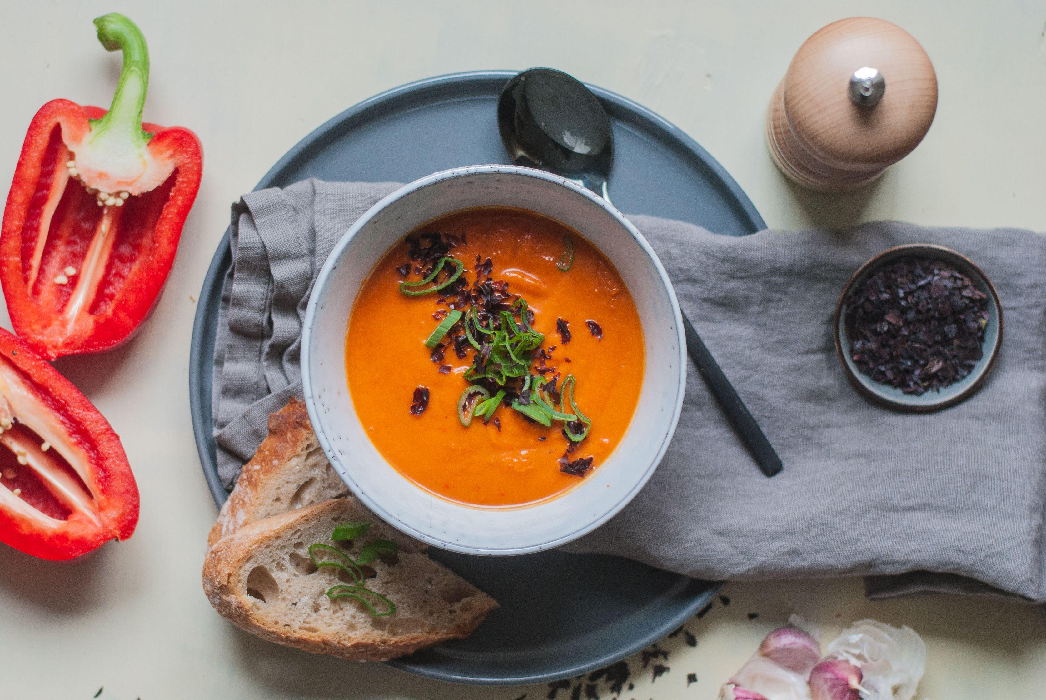 Geröstete Paprika-Kokos Suppe